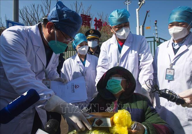 ประชาคมโลกพยายามป้องกันการแพร่ระบาดของโรคโควิด-19 - ảnh 1