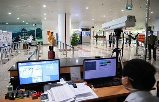 ระงับการอนุญาตให้ชาวต่างชาติเข้าประเทศเวียดนาม - ảnh 1
