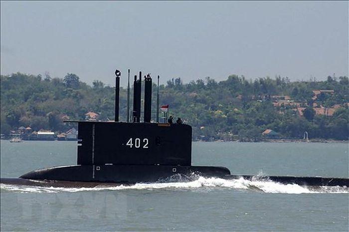 ความหวังในการช่วยชีวิตลูกเรือของเรือดำน้ำอินโดนีเซียเลือนลาง - ảnh 1