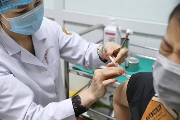 ร่างกายของอาสาสมัครที่ได้รับวัคซีน Nano Covax สามารถสร้างภูมิคุ้มกัน - ảnh 1