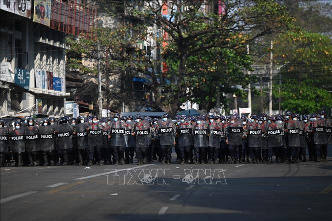 สหประชาชาติเรียกร้องให้รัฐบาลทหารเมียนมาร์นำสถานการณ์ภายในประเทศกลับส่าภาวะปรกติโดยเร็ว - ảnh 1