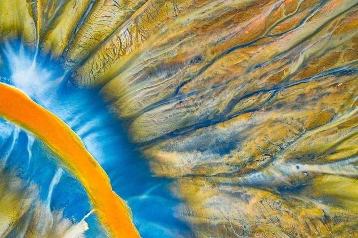 ภาพถ่ายบึงน้ำเค็ม ตามยาง ได้รับรางวัลที่ 1 ในการประกวดภาพถ่ายทางอากาศระหว่างประเทศ - ảnh 7
