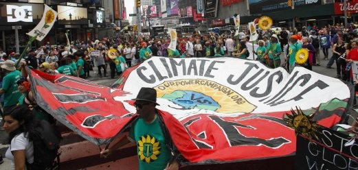 Global rallies call for climate change actions - ảnh 1