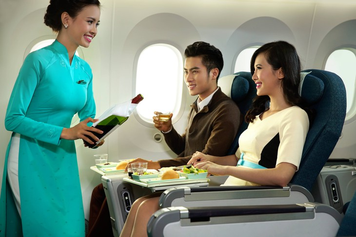 Vietnam Airlines, Jetstar Pacific offer additional 1,300 seats during Lunar New Year - ảnh 1