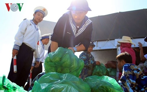 Tet gifts to be delivered to Truong Sa archipelago - ảnh 1