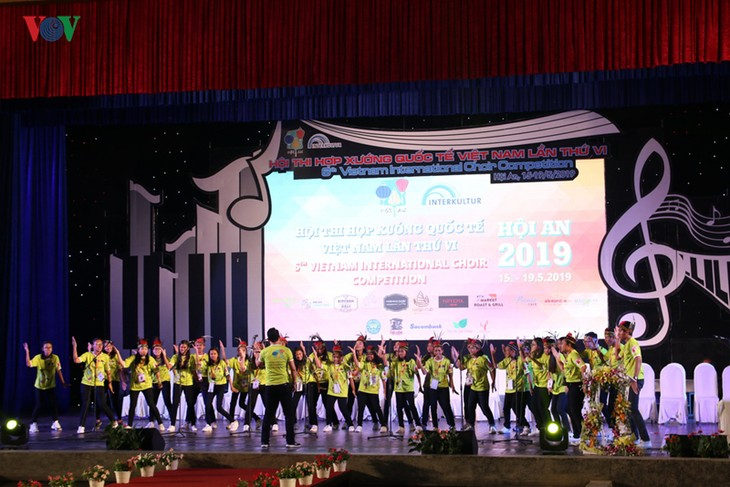 Indonesian choir wins special prize at International Choir Competition 2019 - ảnh 1