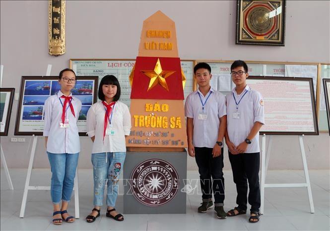 Ha Nam exhibition confirms Vietnam's island sovereignty  - ảnh 1