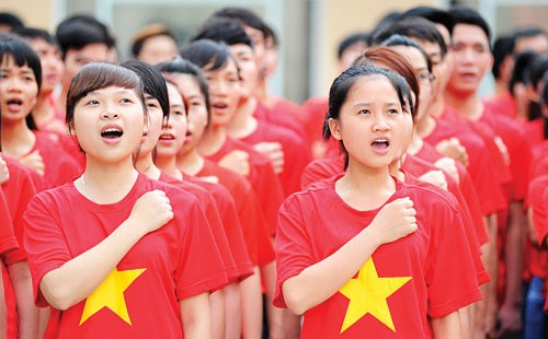 Young people contribute to Vietnam's development - ảnh 1