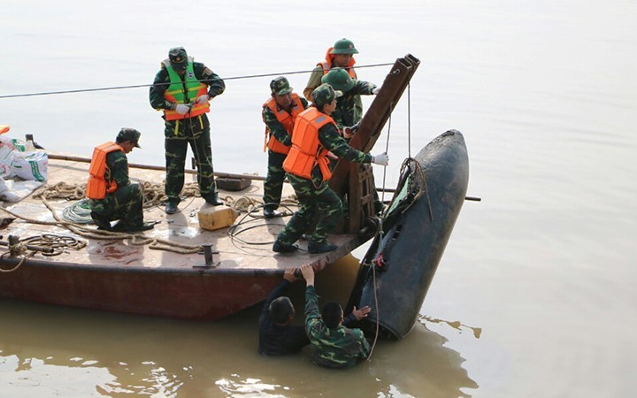 Vietnam works hard to recover from post-war UXO  - ảnh 1