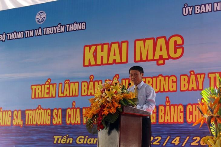 Ausstellung über Inselgruppen Hoang Sa und Truong Sa in der Provinz Tien Giang - ảnh 1