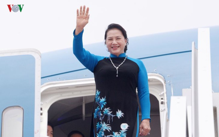 Parlamentspräsidentin Nguyen Thi Kim Ngan beendet Chinabesuch - ảnh 1