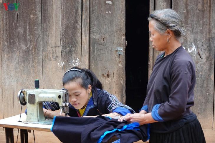Stille Atmosphäre im Kreis Mu Cang Chai im Winter - ảnh 9