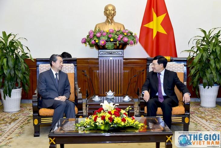 Vietnam und China verstärken Zusammenarbeit in allen Bereichen - ảnh 1