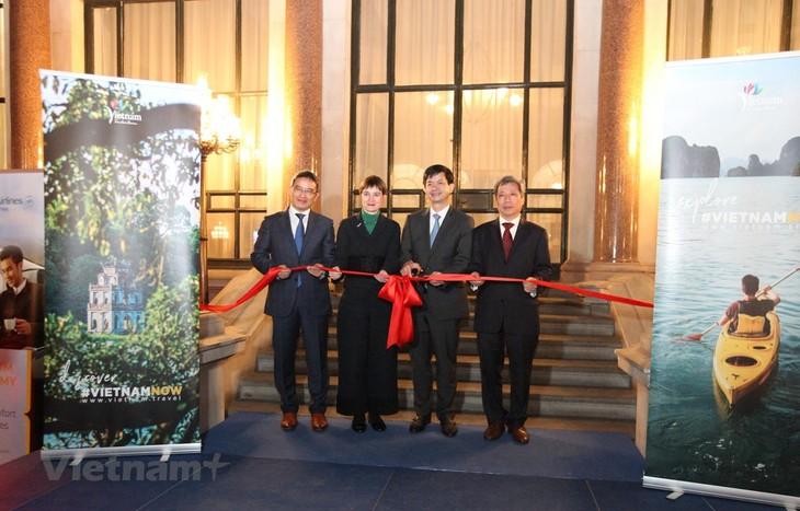 Einweihung des ersten vietnamesischen Büros für internationalen Tourismus in Großbritannien - ảnh 1