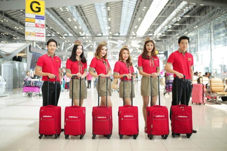 VietJet Air ist die erste Fluggesellschaft, die Flüge im thailändischen Flughafen Phuket wiedereröffnet - ảnh 1