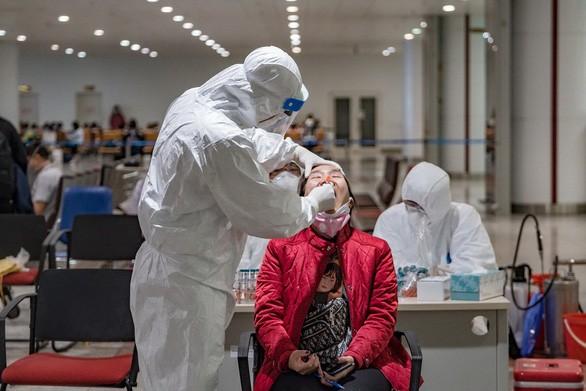 Sieben weitere Covid-19-Infektionsfälle aus dem Ausland in Vietnam - ảnh 1