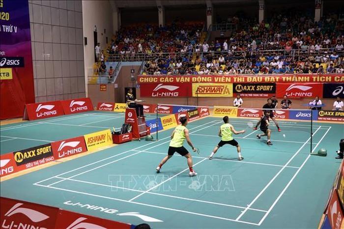 Hanoi-Herrenmannschaft gewinnt Meistertitel des nationalen Badminton-Turniers 2020 - ảnh 1