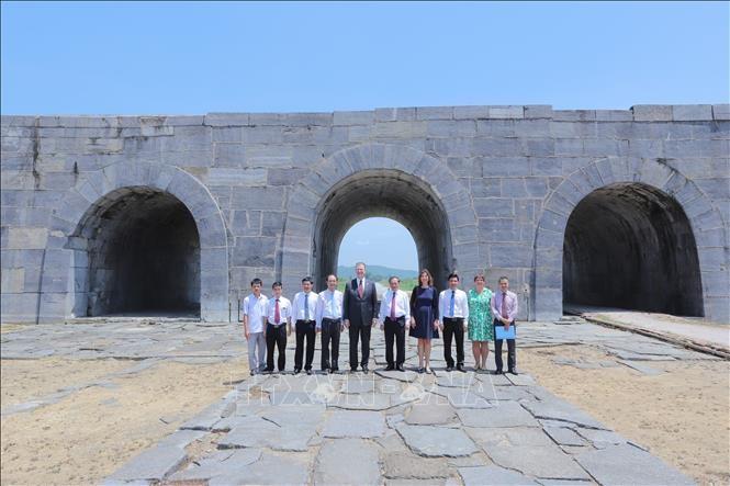 Das Projekt zur Restaurierung des südlichen Tors der Zitadelle der Ho-Dynastie eingeweiht - ảnh 1