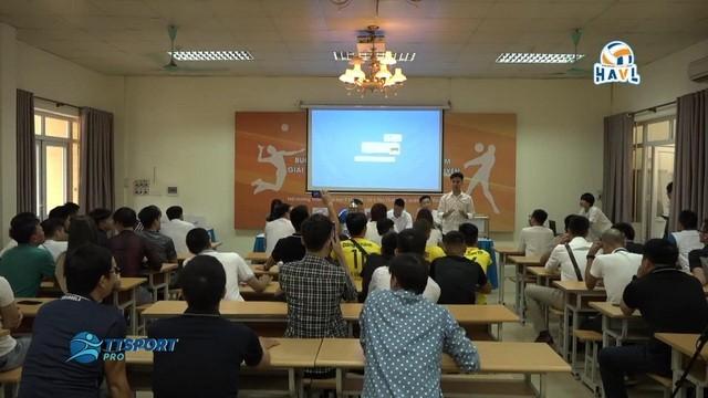 Erstes Volleyball-Turnier für amateure Spieler in Hanoi - ảnh 1