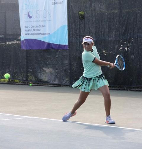 14-Jährige vietnamesische Tennisspielerin gewinnt Meistertitel in den USA - ảnh 1