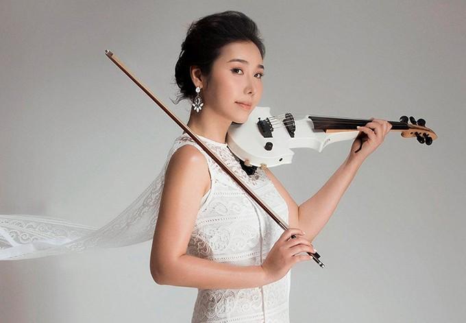 Südkoreanische Violinistin stellt die Schönheit von Hue im Musikvideo vor - ảnh 1