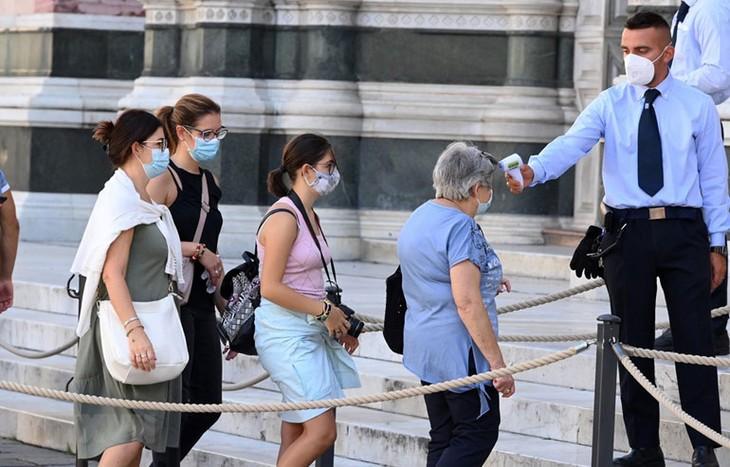 Mehr als 27 Millionen Covid-19-Infektionsfälle in der Welt bestätigt - ảnh 1