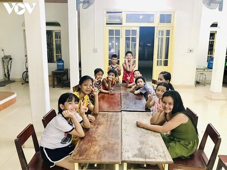Neues Leben der Sampan-Bewohner in Thua Thien Hue - ảnh 1