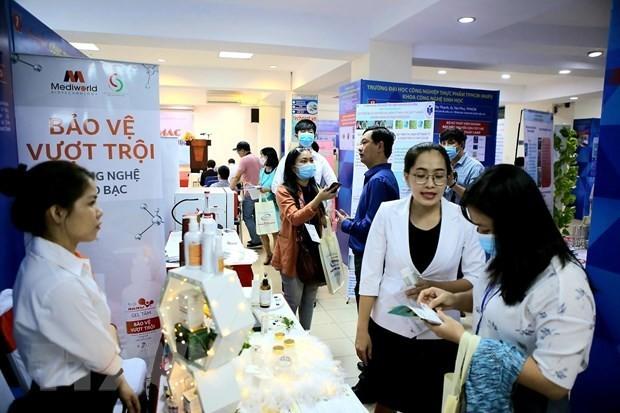 Ho Chi Minh Stadt stellt mehr als 100 wissenschaftliche Forschungsprodukte auf dem Markt vor - ảnh 1