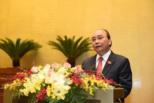 Premierminister: Alle Vietnamesen können von Errungenschaften der Erneuerung und Entwicklung profitieren - ảnh 1