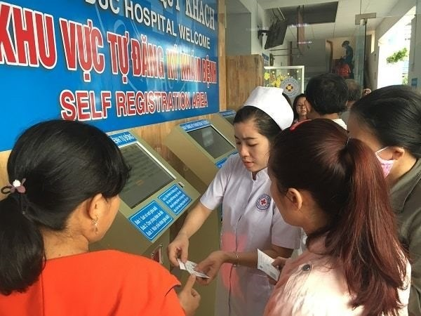 Health Ministry launches smart healthcare system - ảnh 1