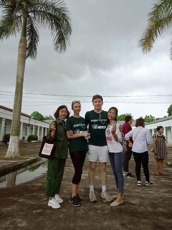 Hanoi College voluntary project: Paint, Sweat and Inspiration - ảnh 1