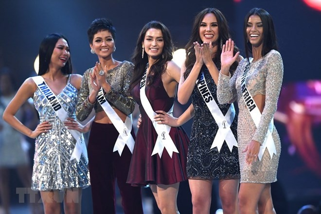 Vietnamese contestant in Miss Universe 2018 top 5 - ảnh 1
