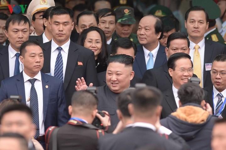 DPRK Chairman Kim Jong-un arrives in Vietnam - ảnh 1