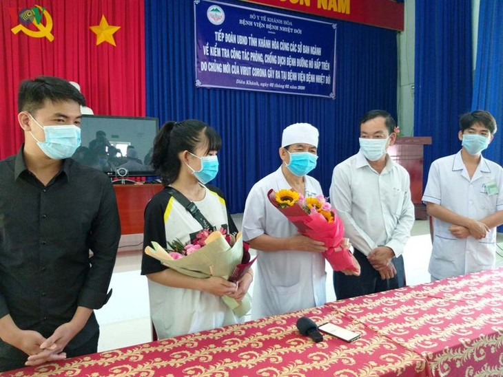 Two more nCoV patients discharged from hospital in Vietnam   - ảnh 1
