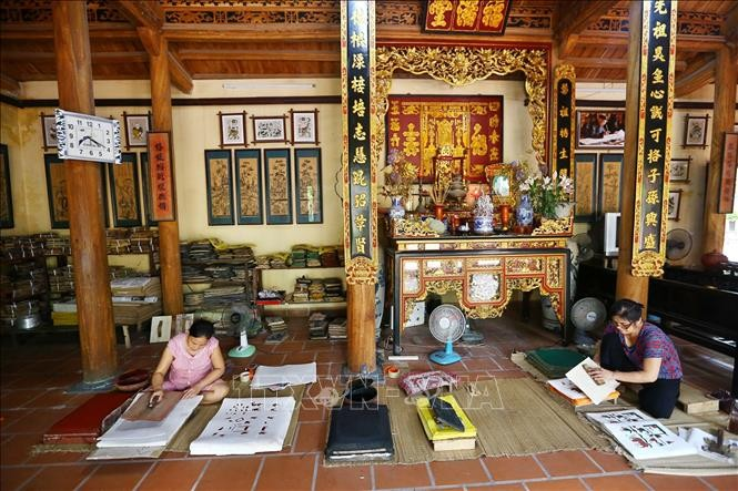 Dong Ho villagers strive to revive traditional craft - ảnh 2