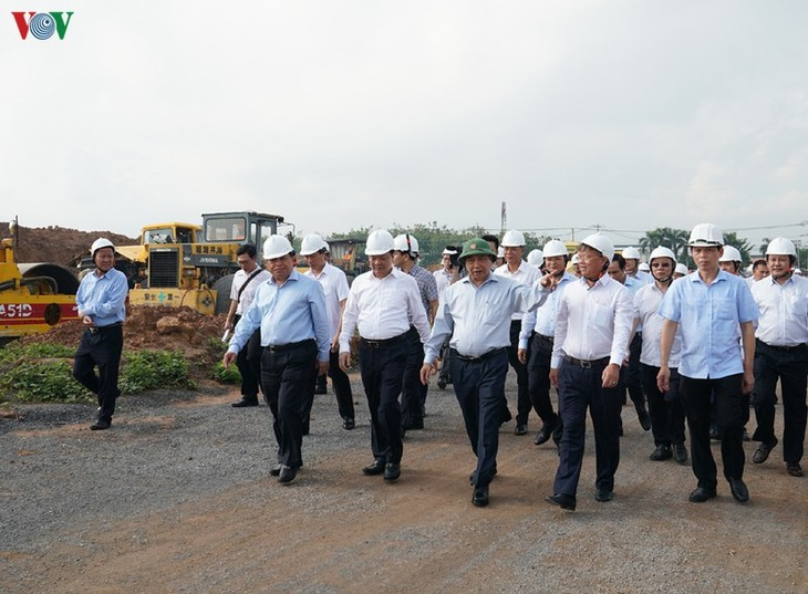 PM sets deadline for Long Thanh International Airport land clearance   - ảnh 1