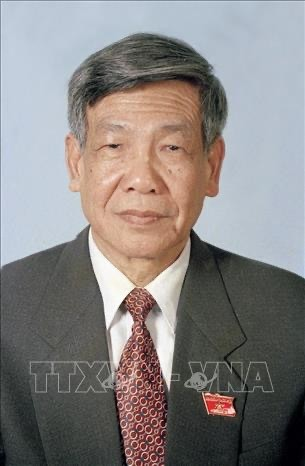 Former Party chief Le Kha Phieu passes away, aged 89 - ảnh 1