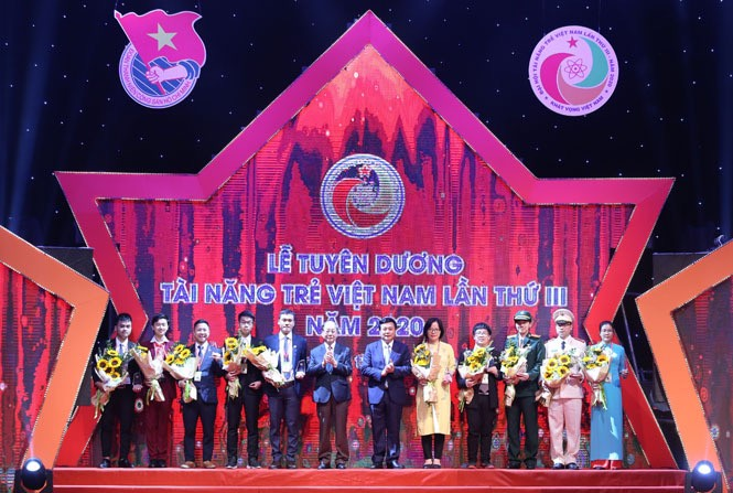 Outstanding individuals honored at 2020 Vietnam Young Talent Congress  - ảnh 1