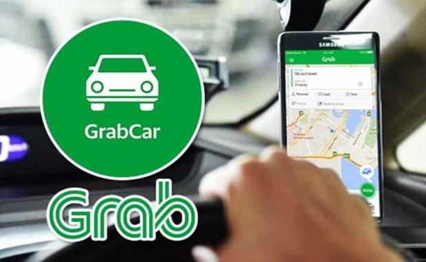 Grab resumes car service in Hanoi - ảnh 1