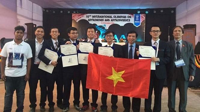 เวียดนามคว้า 1 เหรียญเงินในการแข่งขันดาราศาสตร์และฟิสิกส์ดาราศาสตร์โอลิมปิก - ảnh 1