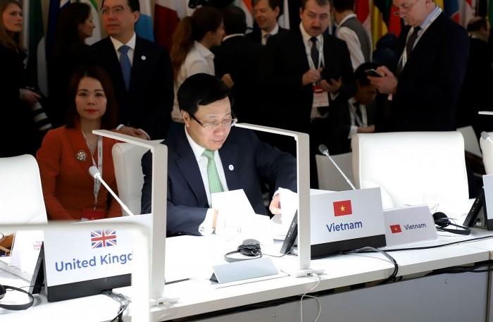เวียดนามมีส่วนร่วมที่โดดเด่นในการประชุมรัฐมนตรีต่างประเทศอาเซมครั้งที่ 14 - ảnh 1
