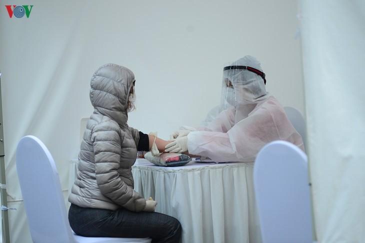 เวียดนามไม่พบผู้ติดเชื้อใหม่ ส่วนผู้ป่วยหนักมีอาการดีขึ้น - ảnh 1