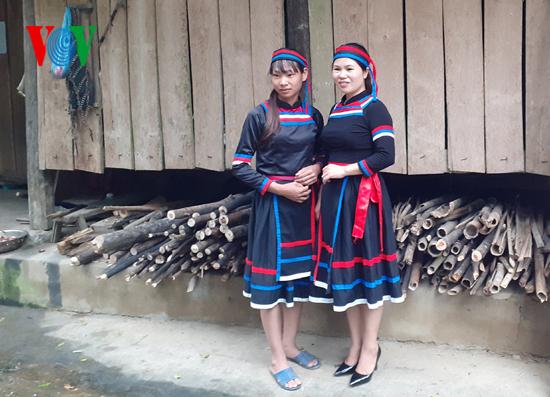 เอกลักษณ์วัฒนธรรมของชุมชนเผ่าถวี จังหวัดเตวียนกวาง  - ảnh 2