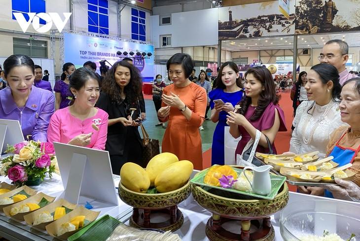 """เปิดงานมิตรภาพ """"หมู่บ้านมิตรภาพไทย-เวียดนามเพื่อการพัฒนาอย่างยั่งยืน"""" - ảnh 3"""