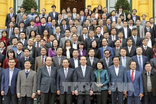 继续提高服务党和国家领导人的战略参谋质量 - ảnh 1