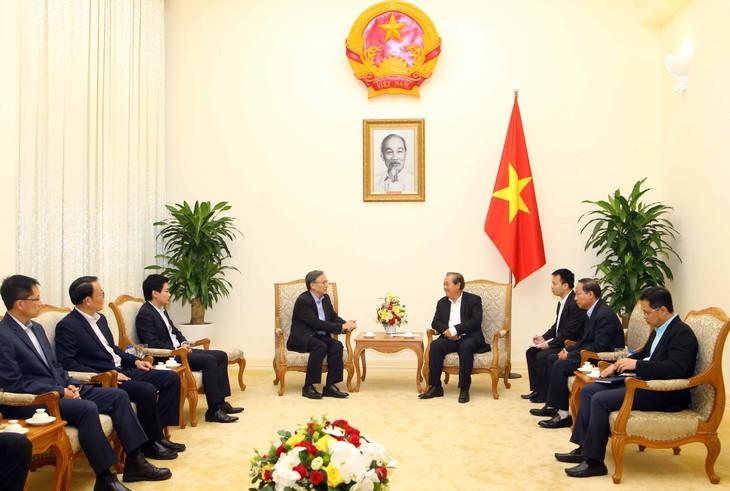 张和平会见新加坡内政部常务副部长彭建强 - ảnh 1