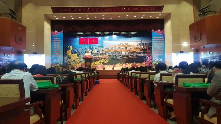 900名旅外越南人参加2020年迎春见面活动 - ảnh 1