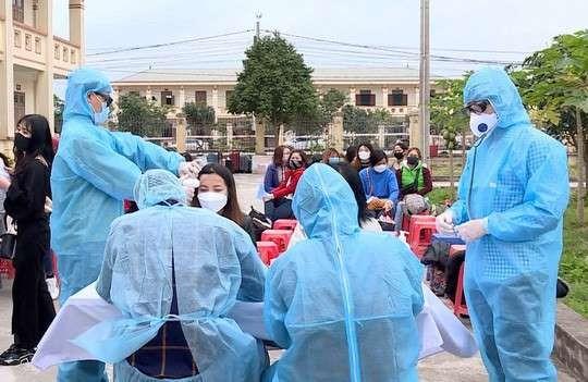 越南新冠肺炎疫情仍受控制 - ảnh 1