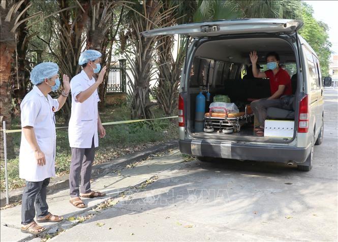 越南再有两例新冠肺炎确诊病例治愈出院 - ảnh 1
