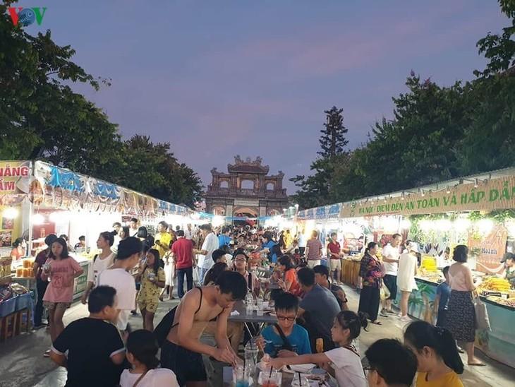 13个省市参加广宁美食节 - ảnh 1